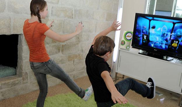 Quét 3D hộp sọ khủng long với Microsoft Kinect