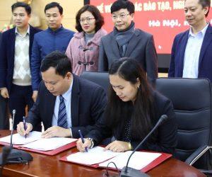 Lễ ký biên bản hợp tác ĐH Thủy Lợi & SDLs